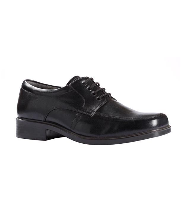 Liberty Black Formal Shoes