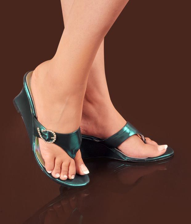 Neat Pretty Bottle Green Heel Sandals