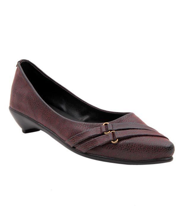 Sleek Maroon Heel Ballerinas