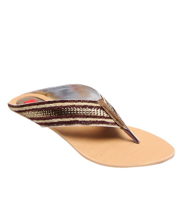 Zion Chic Maroon & Golden Slippers