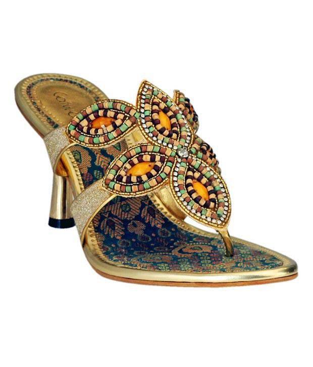 Catwalk Antique Golden Slip-on Pencil Heels