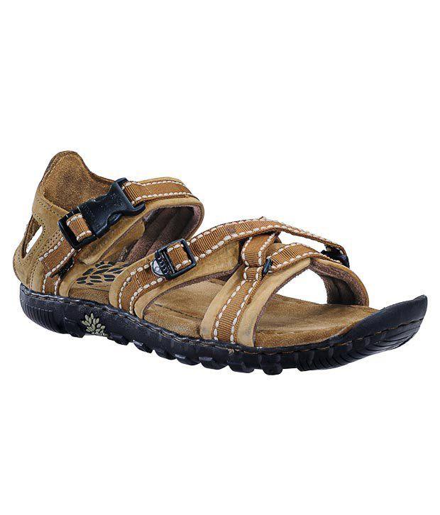 Woodland Brown Floater Sandals Art GD485108CAM