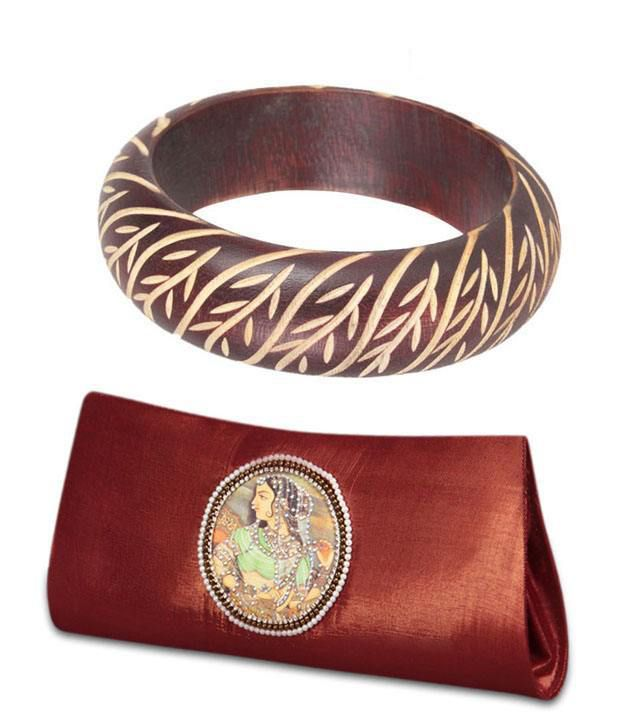 Favola Fashionable Clutch And Wooden Bangle Combo