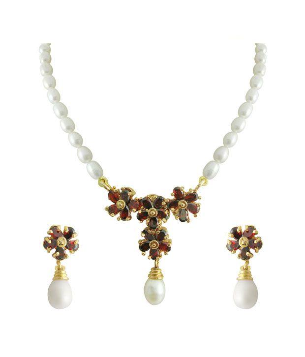 Sri Jagdamba Pearls Garnet Flower Pearl Set