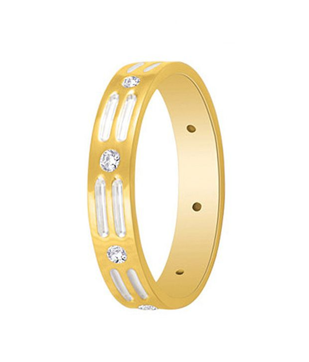 Sagaee Diamond Studded Resplendent Gold Band Ring