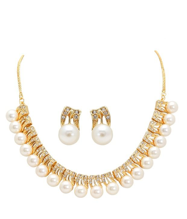 Sia Enchanting Pearl Necklace Set