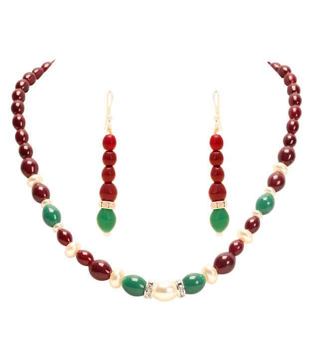 Sia Ravishing Pearl Necklace Set