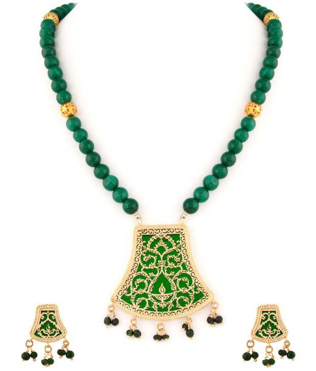 Voylla Alluring Green Bead Thewa Art Necklace Set