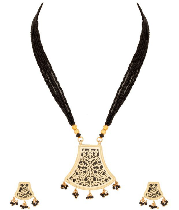 Voylla Gold Plated Necklace Set With Refined Twin Peacock Thewa Art