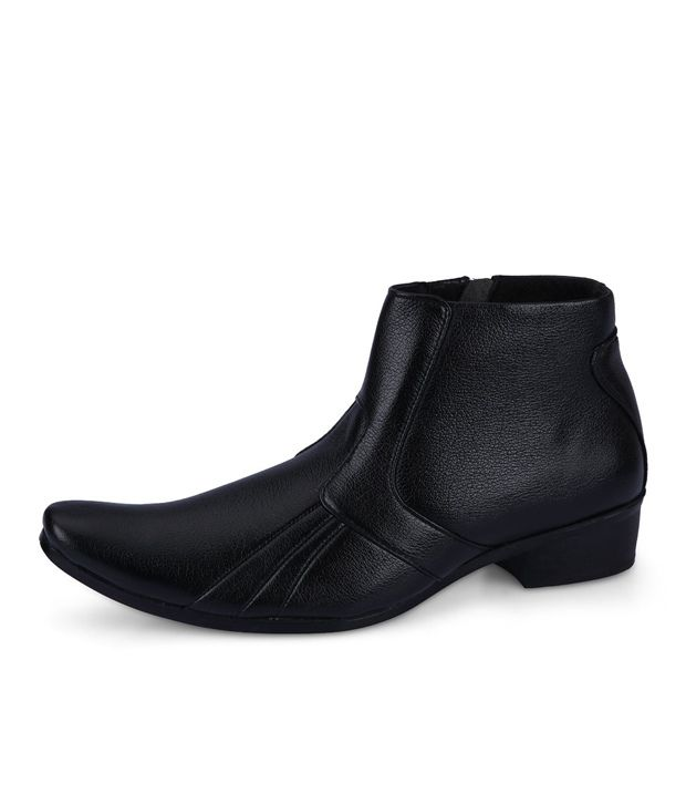 Force Hill Black Boots