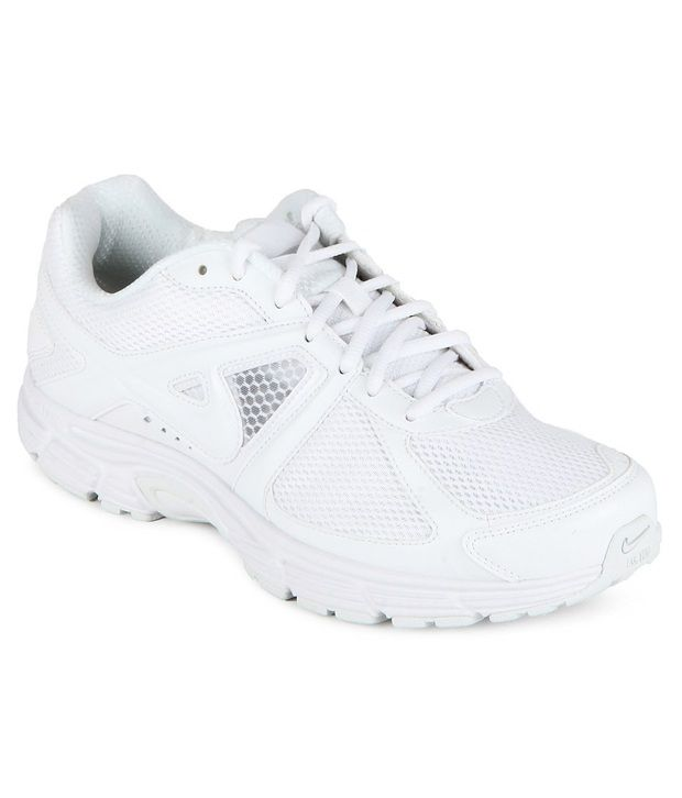 3beb3329e0f7 Nike White Sports Shoes - Buy Nike White Sports Shoes Online at Best Prices  in India on Snapdeal