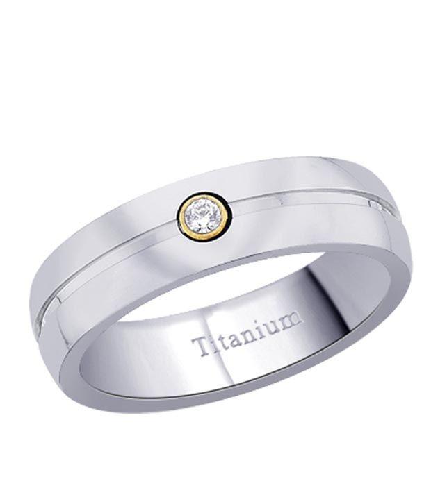 Peora Striking Cubic Zircon  Titanium Ring
