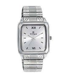 Titan 1581SM01 Men's Watch
