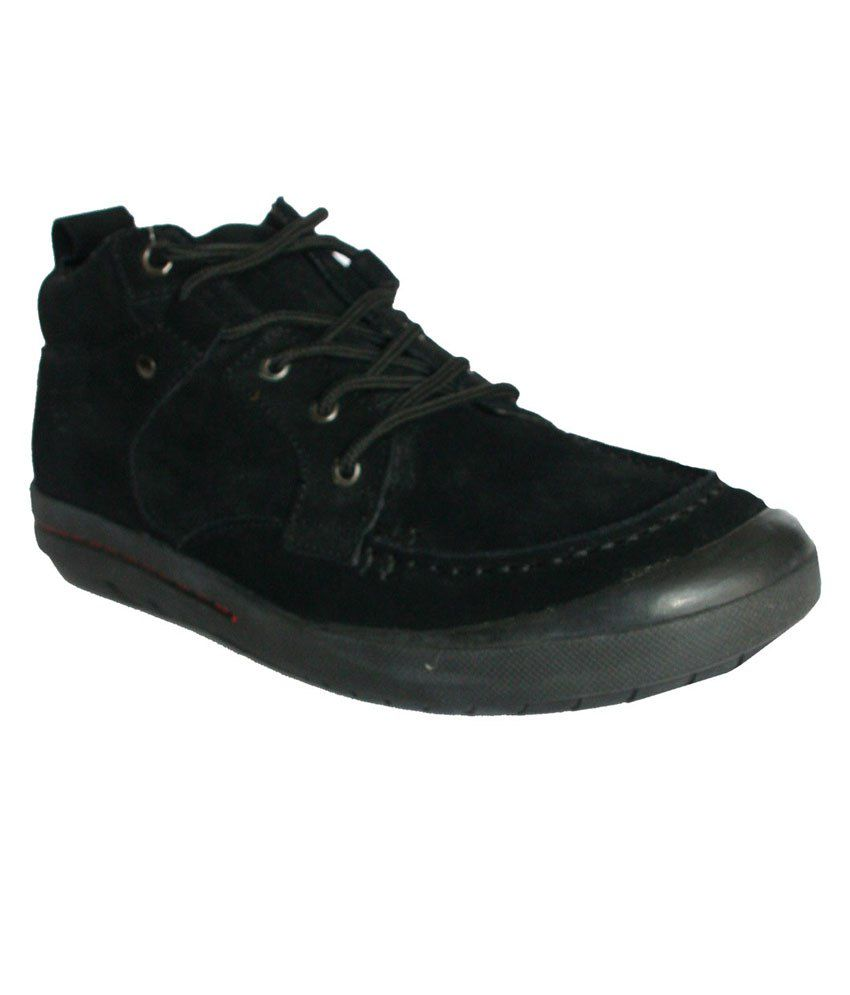 c6bc7181801 Levi s Black Sneaker Shoes - Buy Levi s Black Sneaker Shoes Online at Best  Prices in India on Snapdeal