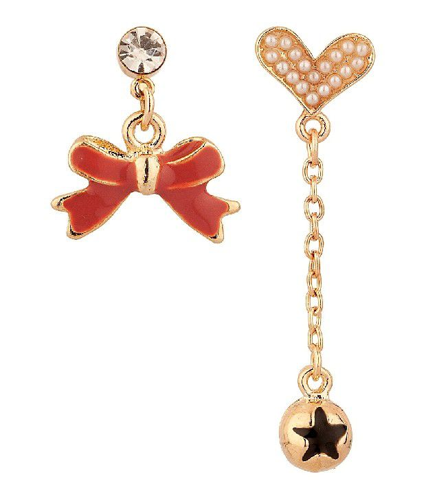 Voylla Pair Of Earrings Featuring Heart And Ribbon Design