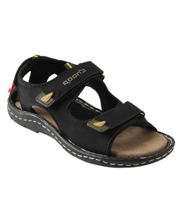 Roony Doer Black Sandals