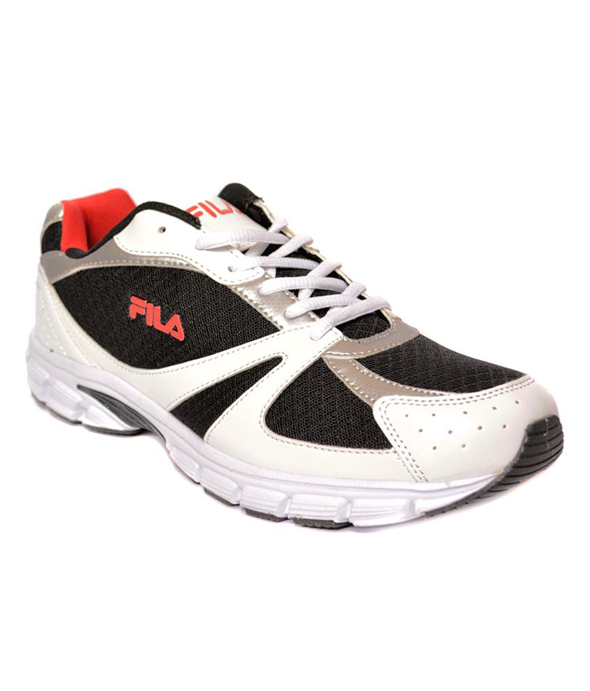 best loved 6f3fd dda79 Fila Runners White & Black Sports Shoes - Buy Fila Runners ...