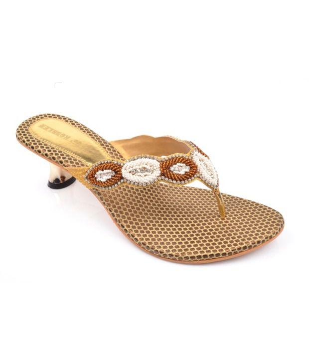 De' Kobbler Superb Gold Heels