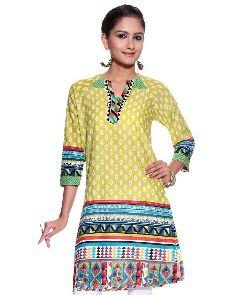 Global Desi Green Printed Cotton Medium  Kurti