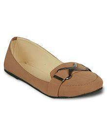 Studio 9 Beige Casual Shoes