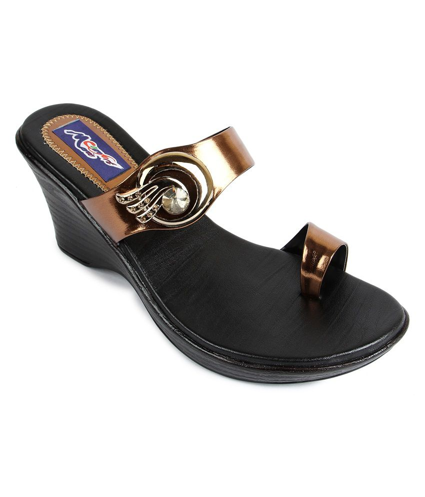 1400b3318ea9 Marie Comfort Brown Women Medium Heel Sandal Price in India- Buy Marie  Comfort Brown Women Medium Heel Sandal Online at Snapdeal