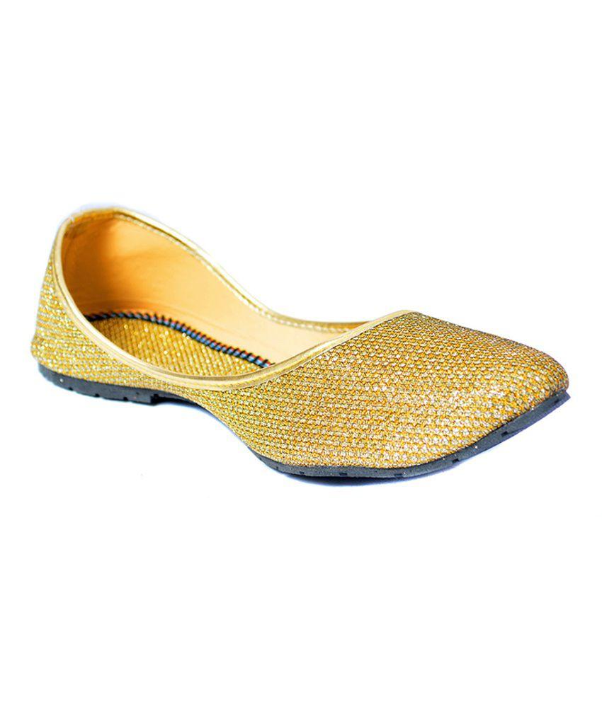 Indirang Gold Ballerinas