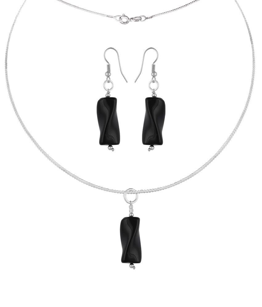 Pearlz Ocean Falcon 2.5 Inch Black Obsidian Beads Pendant Set