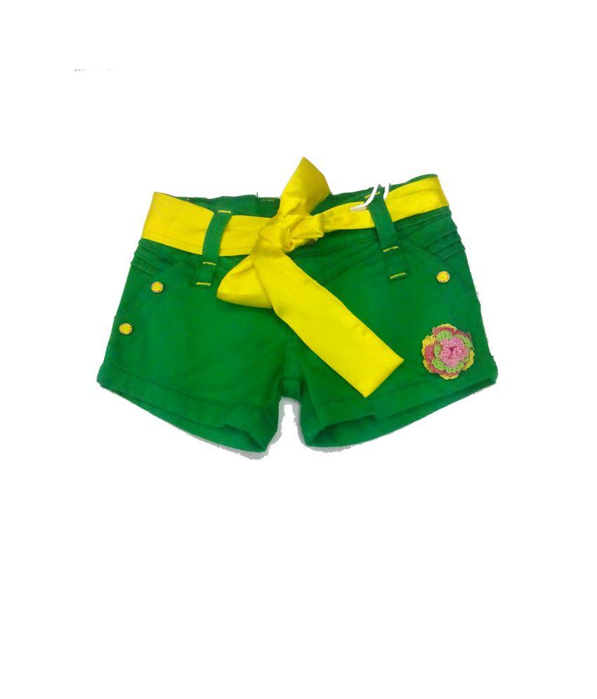 Piggy N Wiggy Green Shorts For Girls