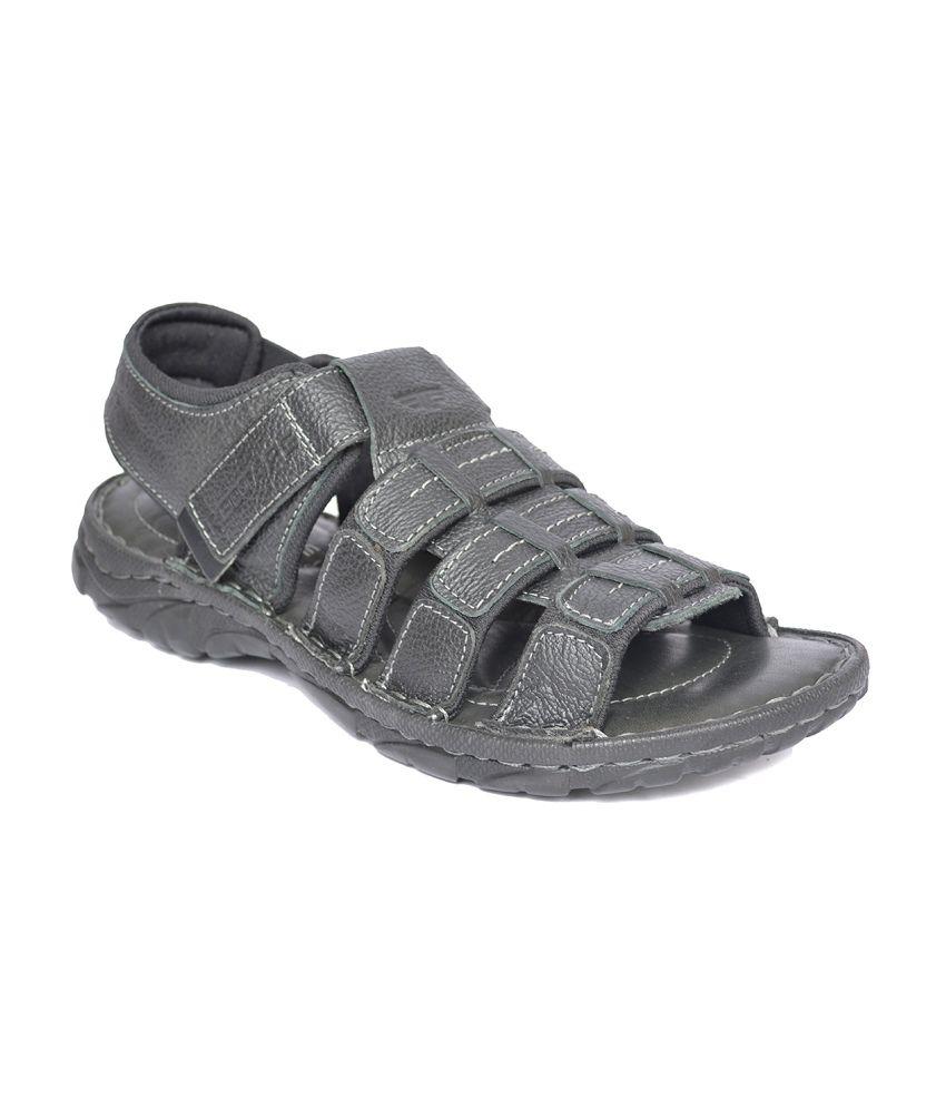 e1d61385b Redtape Men s Black Fisherman Sandals Art RT1491BLK Price in India- Buy  Redtape Men s Black Fisherman Sandals Art RT1491BLK Online at Snapdeal