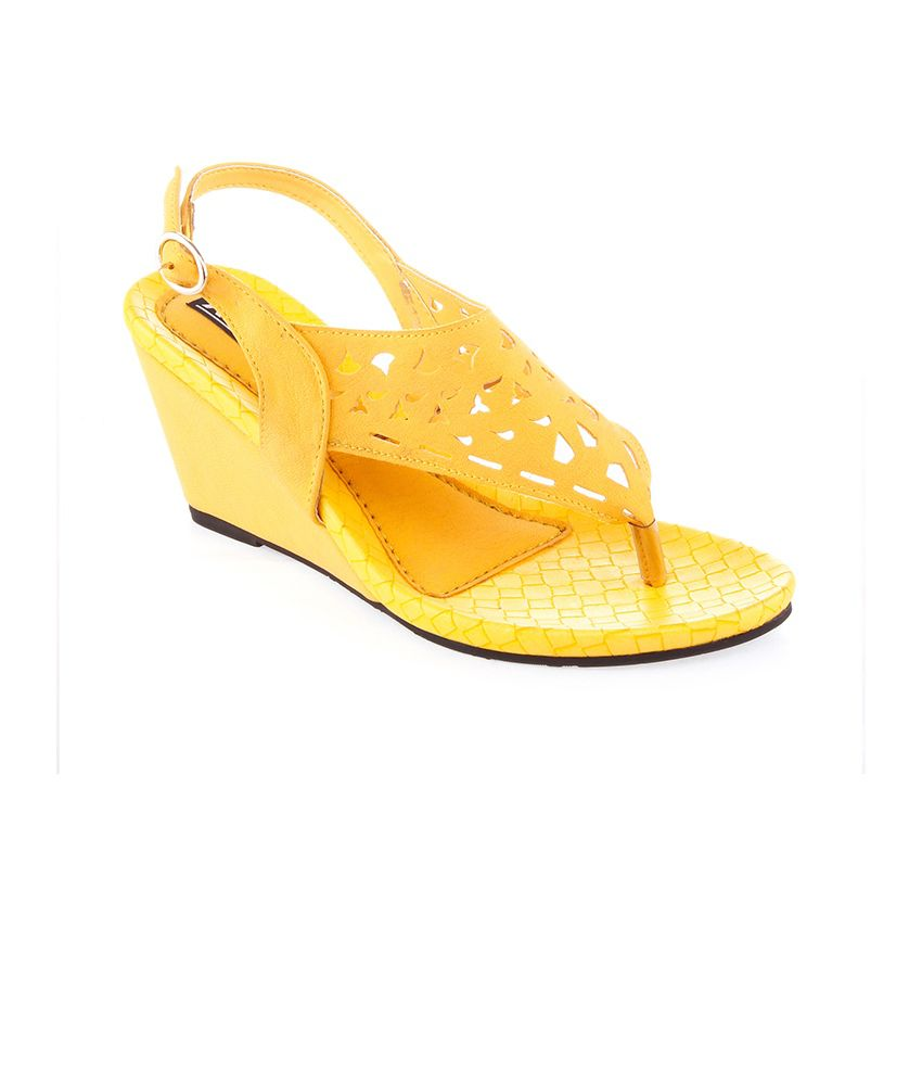 Kielz Yellow Wedges Sandals