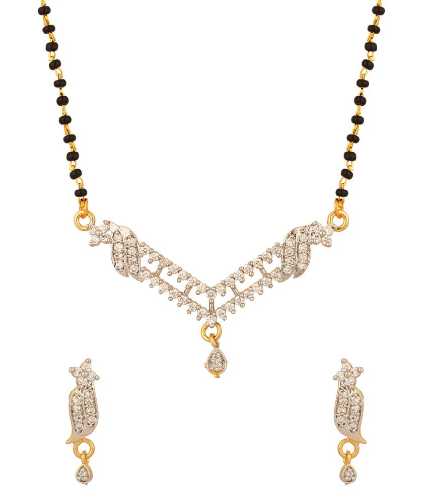Voylla Mangalsutra Set With V Shape Pendant Featuring Single Chain
