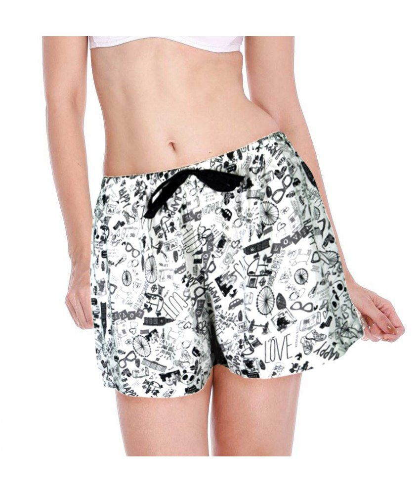 Clovia Black Blended Shorts