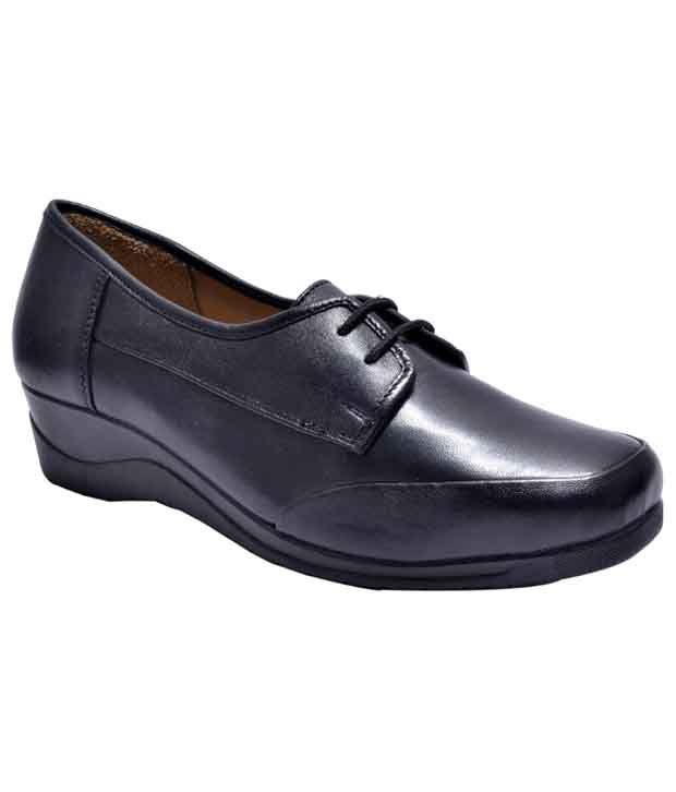 Kuja Parish Black Wedges Formal Shoes