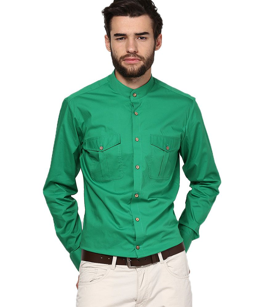 I Know Green Casuals Shirt