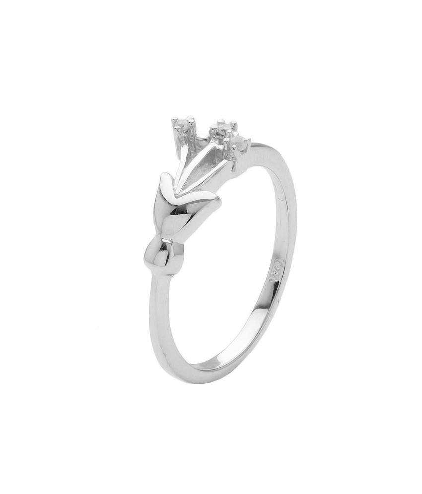 voylla sterling silver cluster ring with shiny white cz