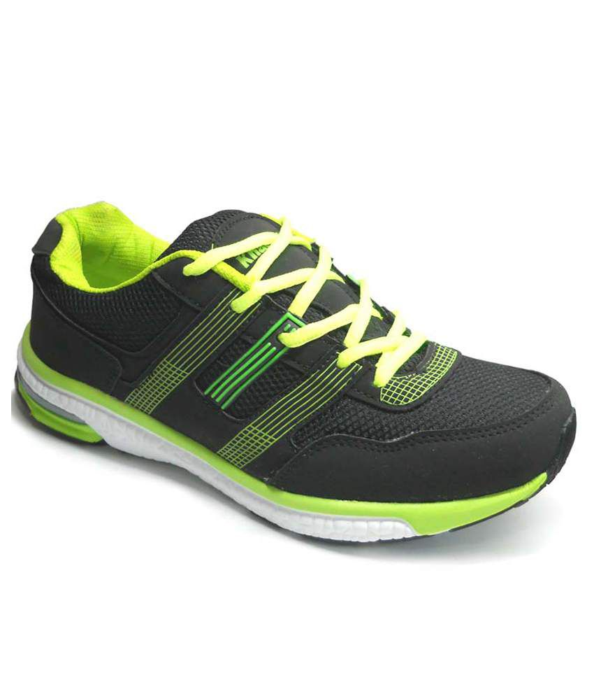 Fast Trax Parrot Green And Black Mens Sports Shoes