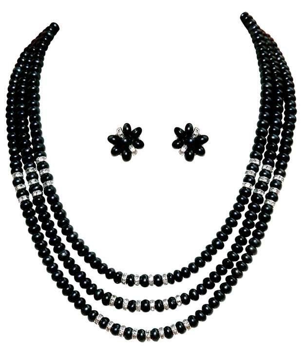 Classique Designer Jewellery Black Triple String Pearl