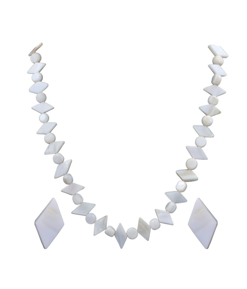 Dd Pearls Semi Precious Contempory White Mother-of-pearls Necklace Set For Women
