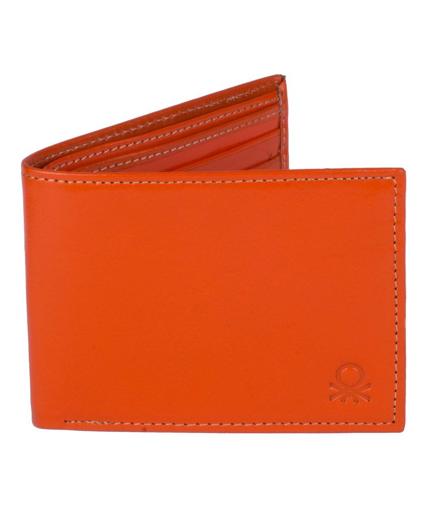 United Colors Of Benetton Formal Mens Leather Bifold Wallet In Dark Orange Colour With Card Slots