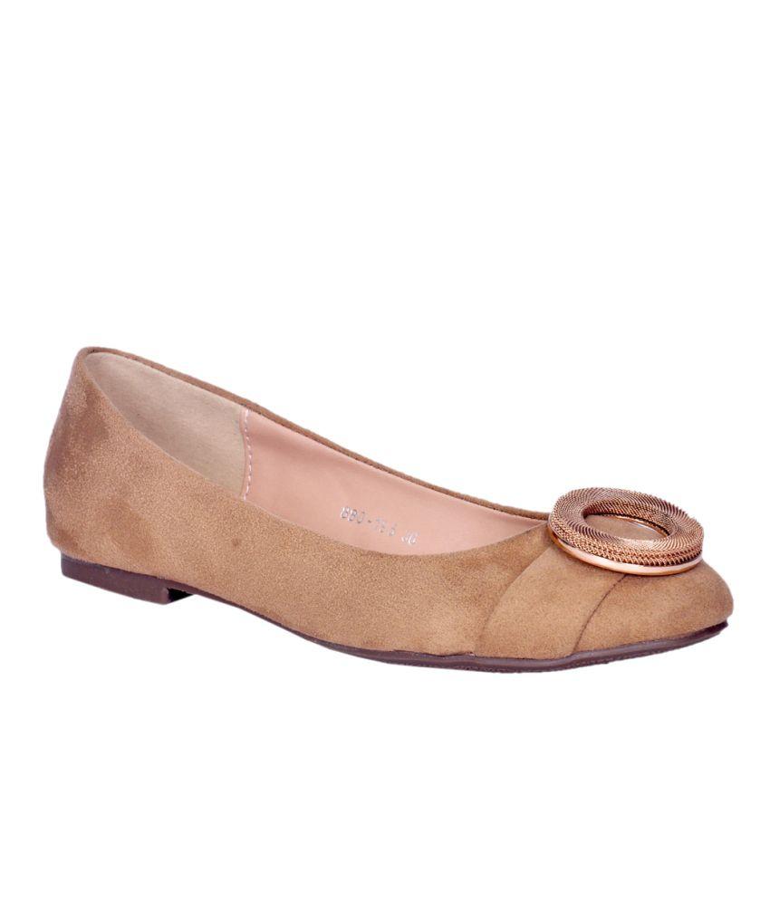 981471ed83ef Ronnie Grey Tan Ballerinas Price in India- Buy Ronnie Grey Tan Ballerinas  Online at Snapdeal