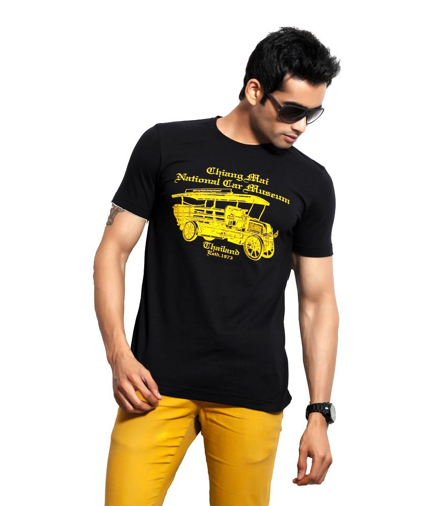 Design Classics Black Cotton Round Neck Half Sleeves Men T shirts