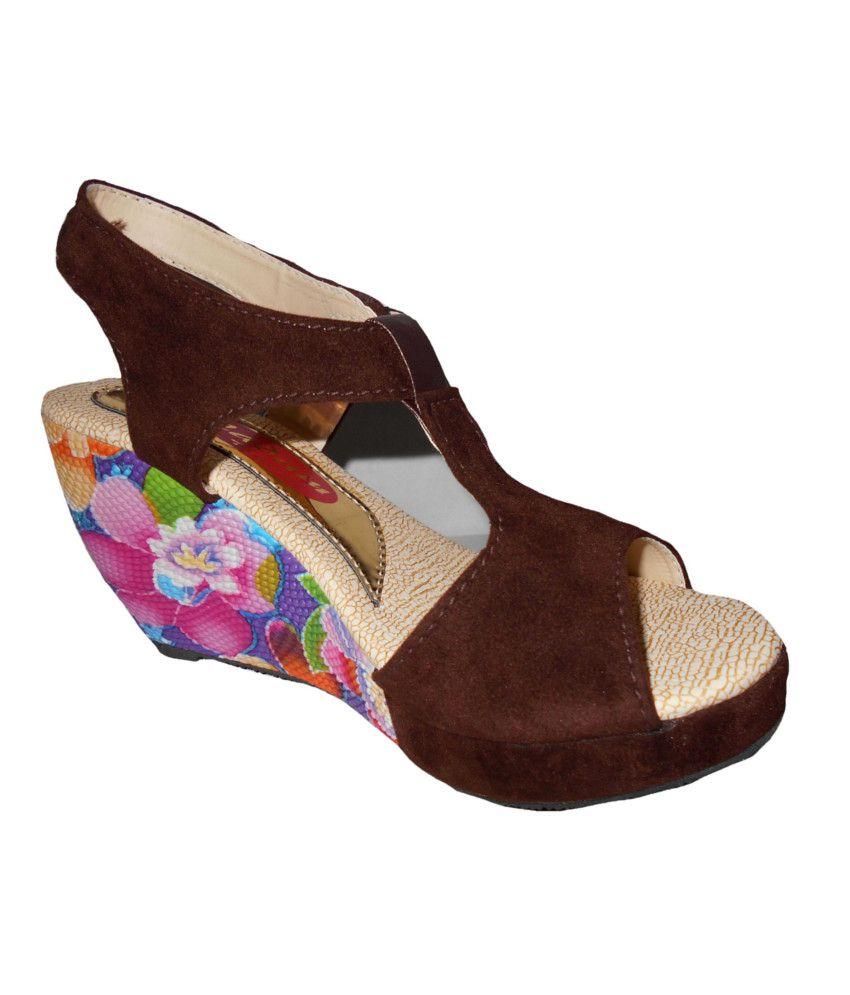 Aaron Brown Heeled Sandals