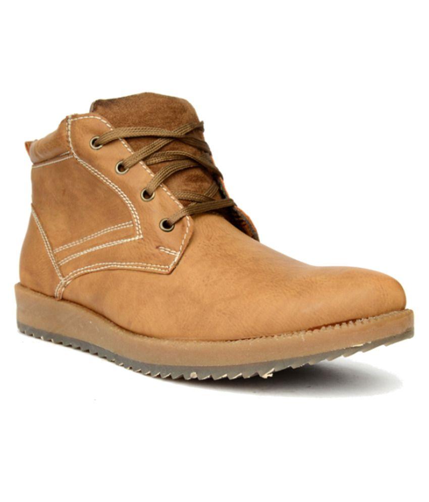 Bruno Manetti Beige Boots