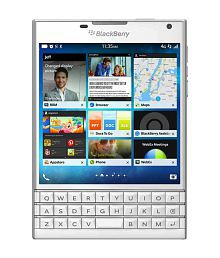 Blackberry ( 32GB , 3 GB ) White