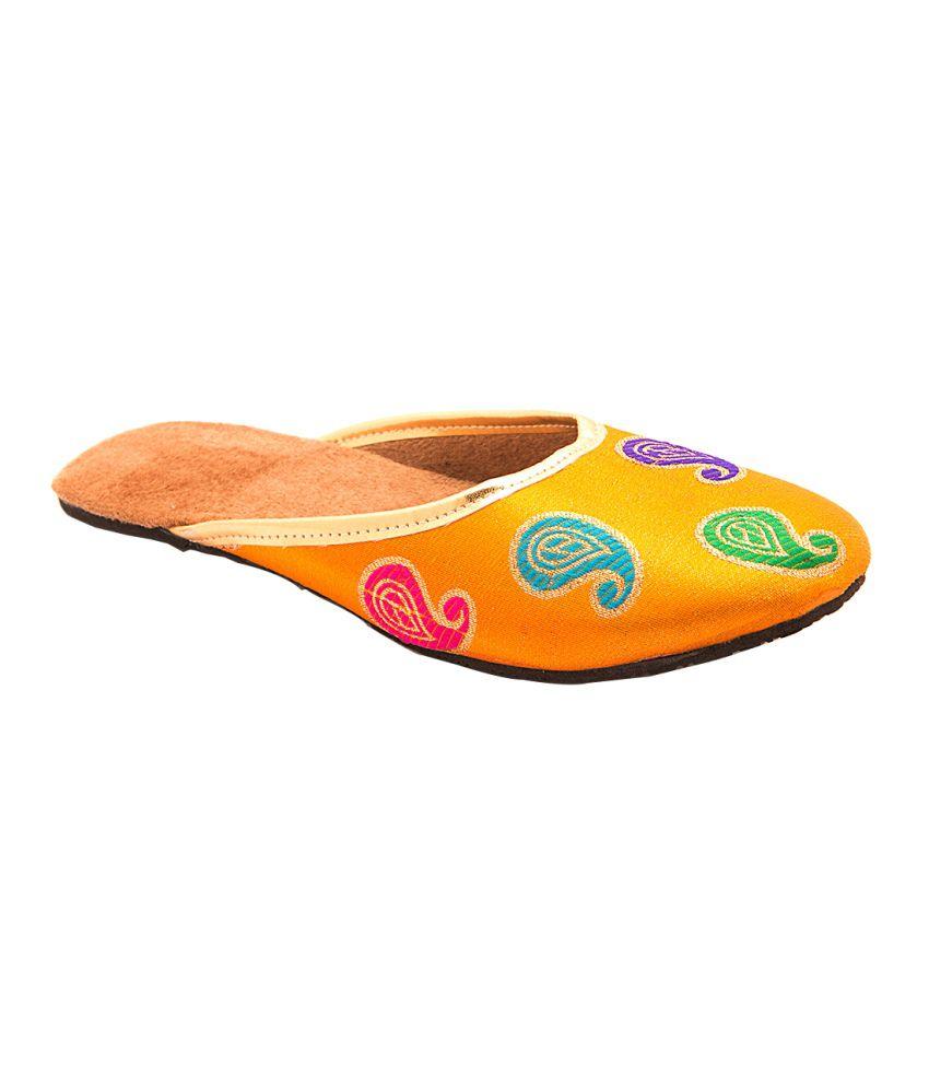 Myra Yellow Women Ethnic Shoes