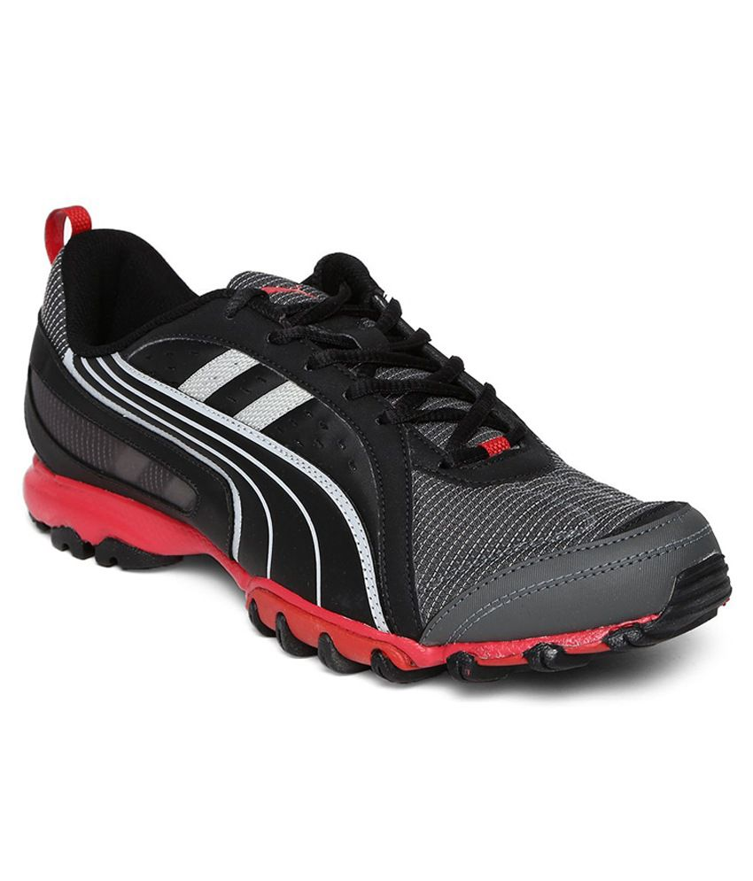 Puma Black Walking Shoes For Men