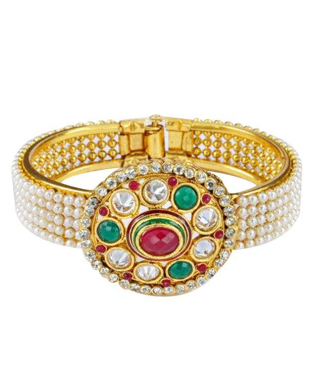 Goldencollections Stylish Polki Studded Floral Bracelet