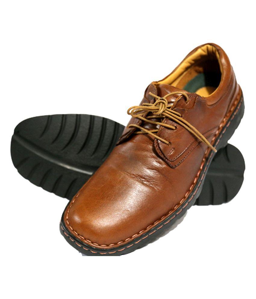 Mardi Gras Tan Outdoor Shoes
