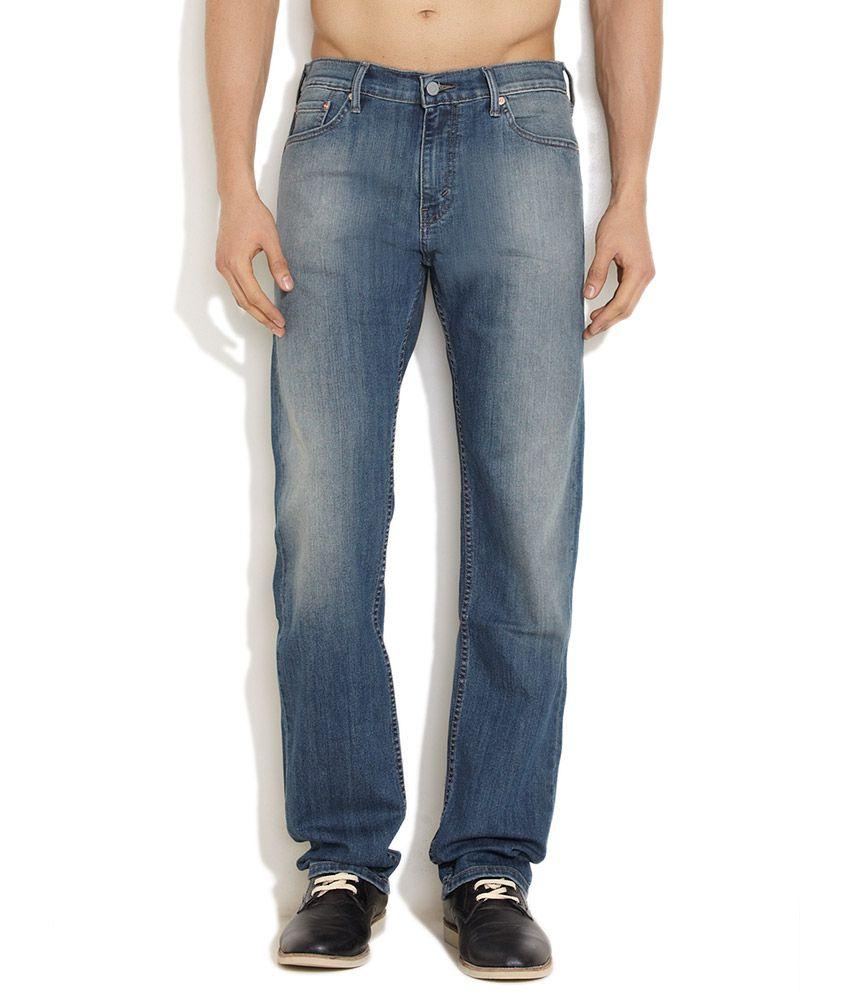 Levi's Medium Blue Relaxing Regular Straight Fit Jeans