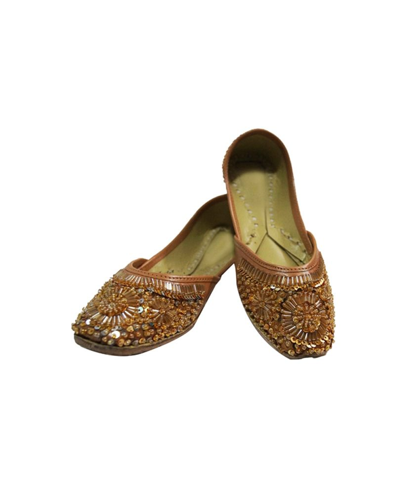 Parv Collections Brown Party Wear V Strap Juttis For Women